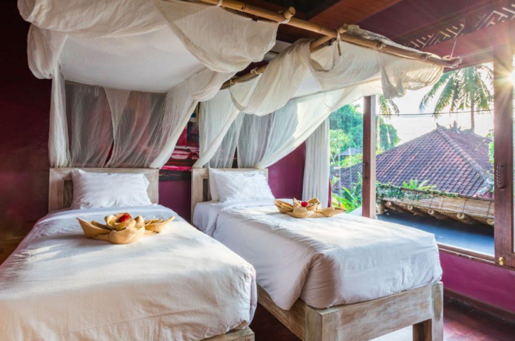 Ashtanga-100hrs-Indonesia-Bali-at-Gaia-Retreat-Center-1